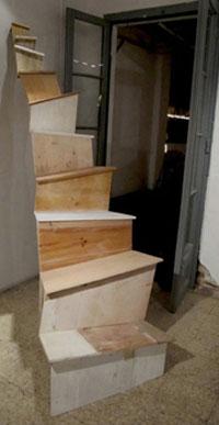 http://www.tallerbdn.cat/wp-content/uploads/2017/01/Stairs.jpg